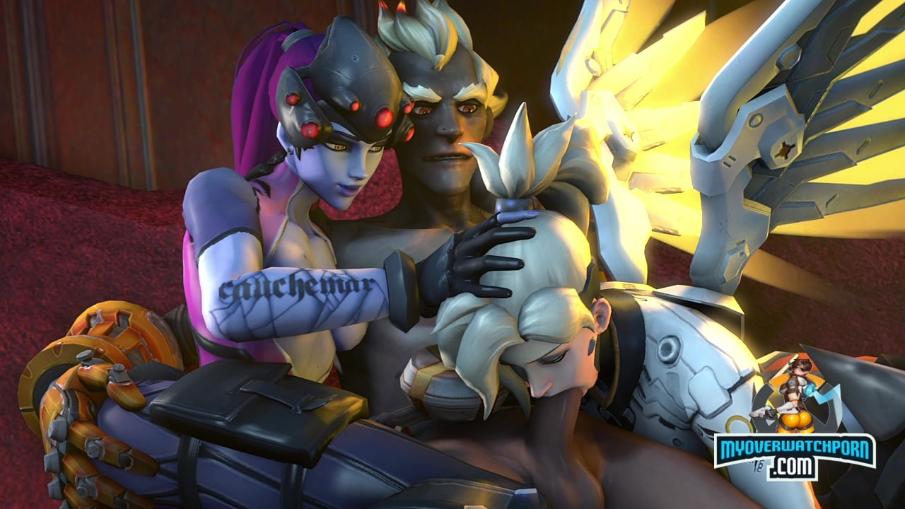 Sombra banged from behind while sucking a dick